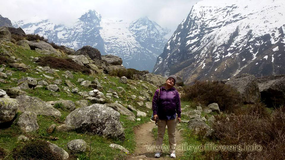 Trek to Vasudhara Falls