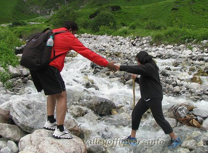 how difficult is Valley of Flowers Trek