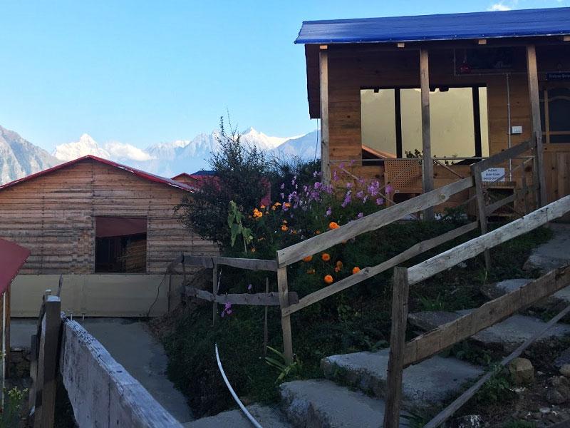 Blue Poppy Resorts Auli